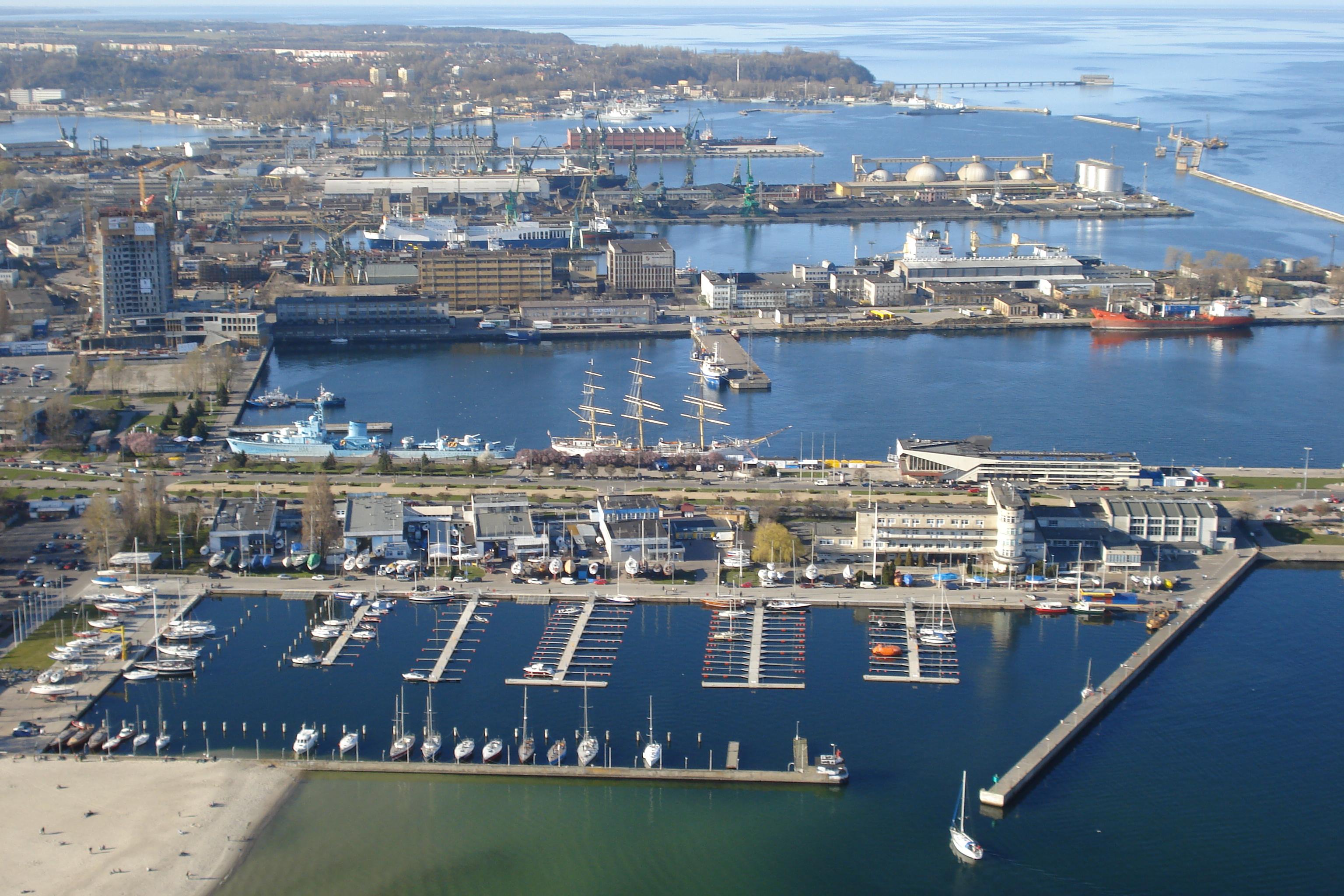 Порт города Гдыня